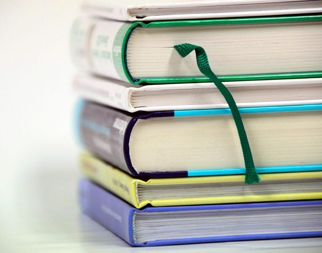 Tipos de encuadernación ideales para un libro