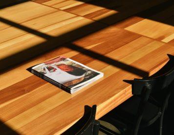 Aprende cómo hacer un folleto para tu libro y sácale partido