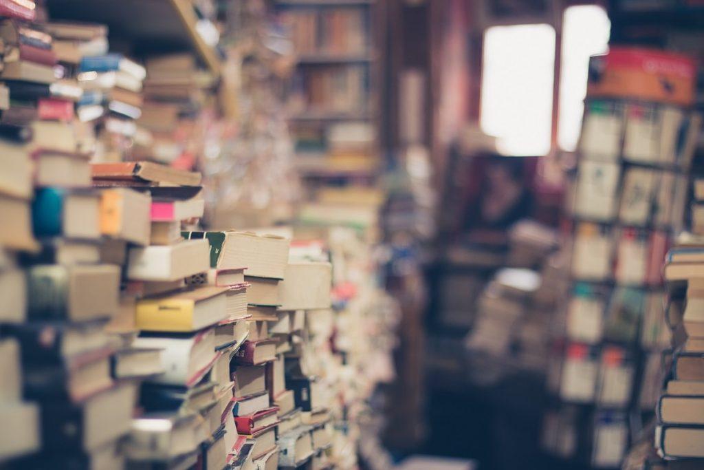 Libros que se presentan a los concursos literarios de abril.