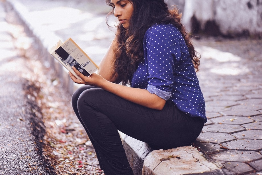 Conseguir escribir una sinopsis que consiga que el lector lea tu libro