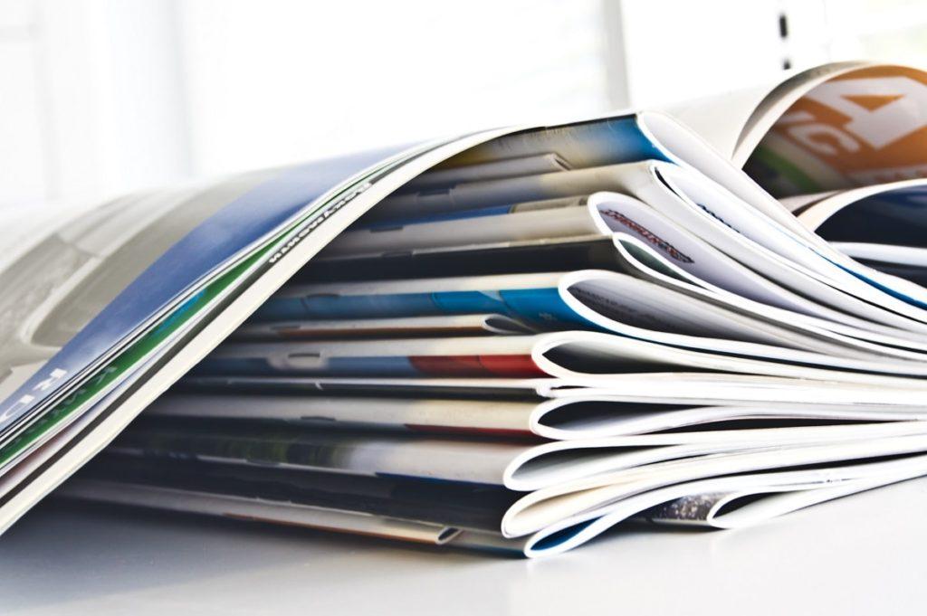 Encuadernación grapada para tus revistas