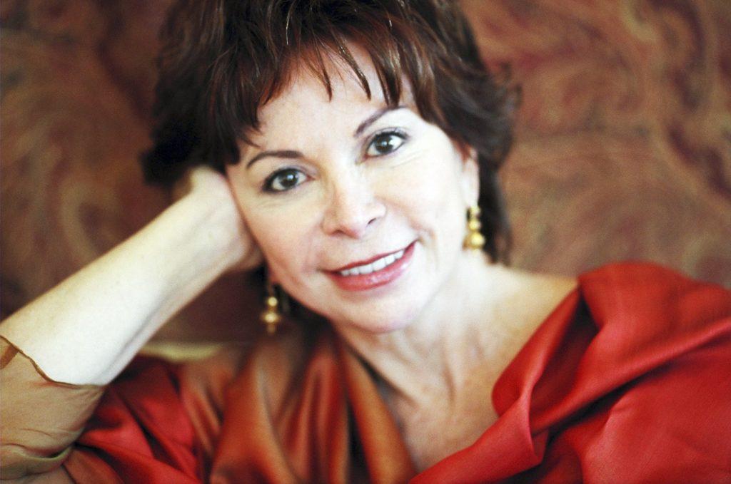 Isabel Allende, una gran escritora hispanoamericana por el Día Internacional de la Mujer
