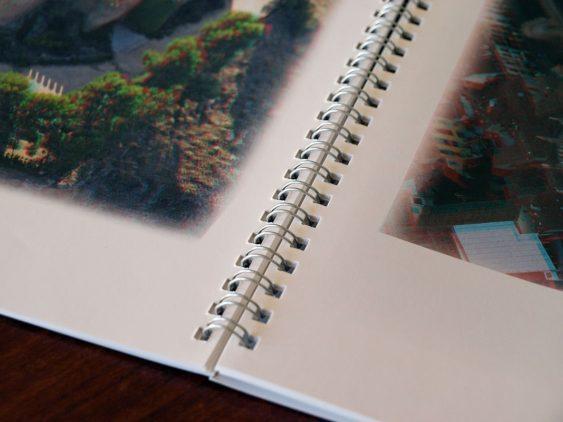 Libro con encuadernación wire-o